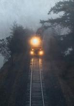 Поезд следует без остановок